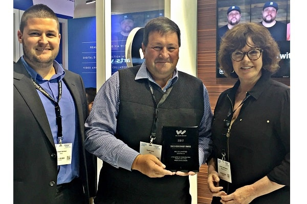 Williams Sound recognises Hills for outstanding sales achievement