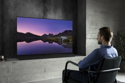 Watching OLED (5)