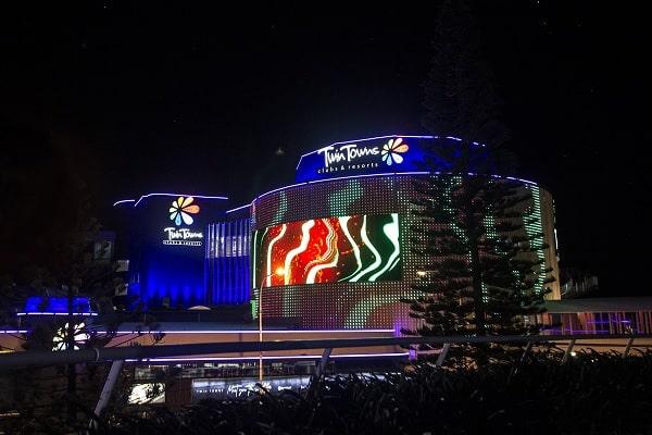 Twin Towns unveils multi-million-dollar lightshow